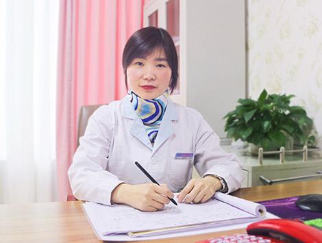 李文芬 妇产科医师