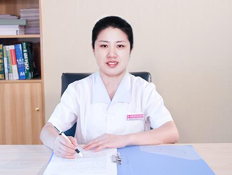 吴雪英 副主任医师、住院部主任